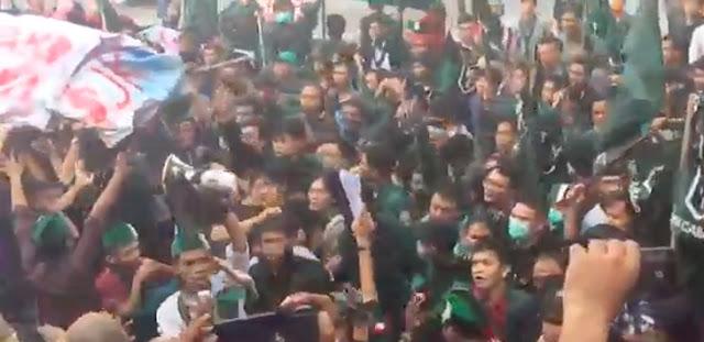 Demo Mahasiswa di Lampung Ricuh, Sebut Jokowi Presiden Gagal