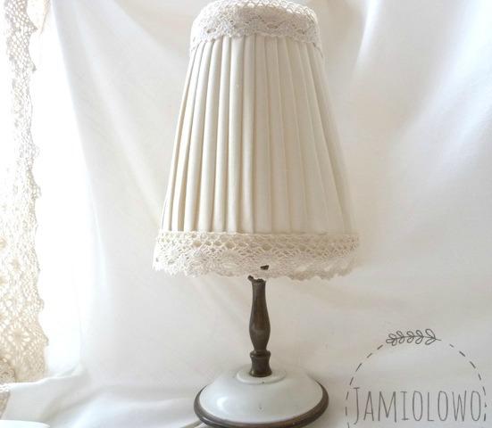 lampka nocna po zmianie abażuru