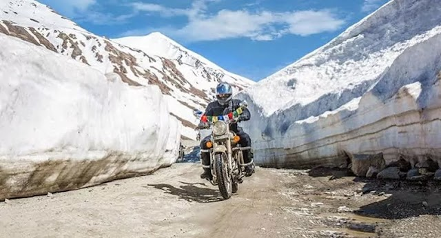 A Complete Guide of Manali to Leh Ladakh: Road conditions, Bike Trip, Costs & More