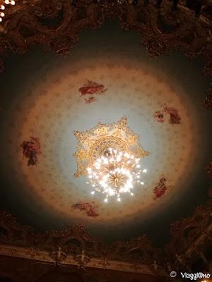 Le decorazioni del soffitto della Sala Teatrale della Fenice di Venezia