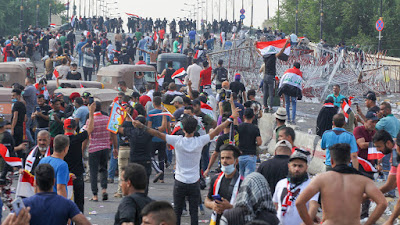 Two Dead As Iraq Anti-Government Protests Resume