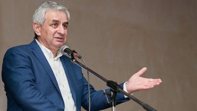 """Верховный суд Абхазии признал итоги президентских выборов незаконными и принял решение назначить повторные выборы """"президента"""""""