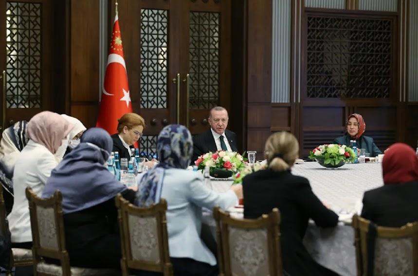 Τα σκοτεινά χρόνια του Ερντογάν, ο Ιμπραήμ μπεη και η κυρία Ελένη