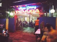 Berita terkini: Coba ayam goreng Pemuda di Malang. Rasanya maknyus