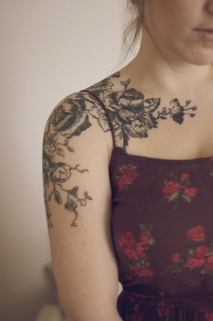 Floral Shoulder Tattoos For Girls