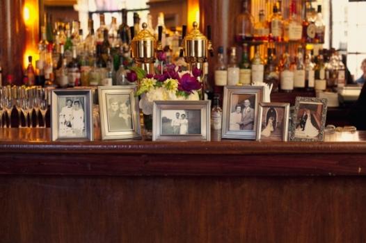 como fazer uma mesa de fotos no casamento