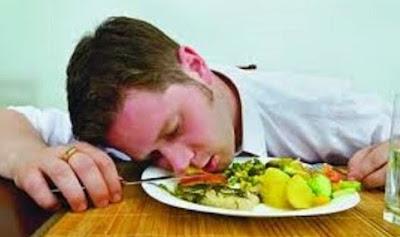 Dampak Buruk Langsung Tidur Setelah Makan Sahur Dan Solusi
