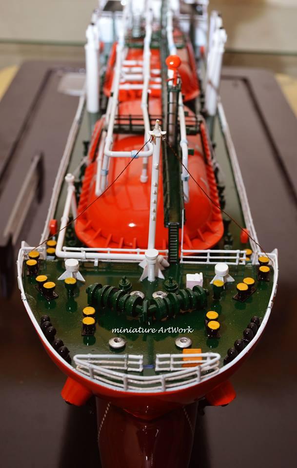 pengrajin miniatur kapal tanker pertamina gas arar lpg model terpercaya