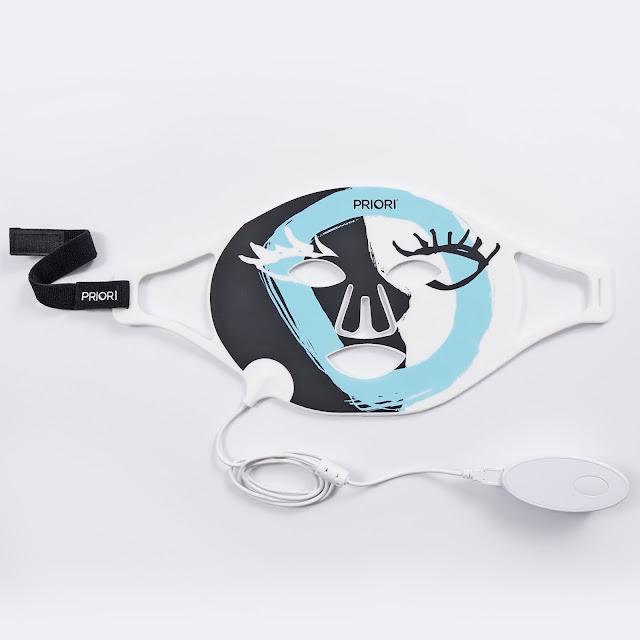 Wrinkle-Fighting LED Mask