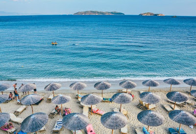 5 Best Party Beaches In The World