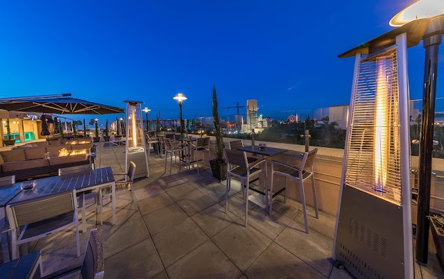 Planning to Host an Event? Choose a Rooftop Restaurant