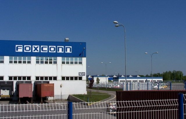 Foxconn cut 50K contract workers