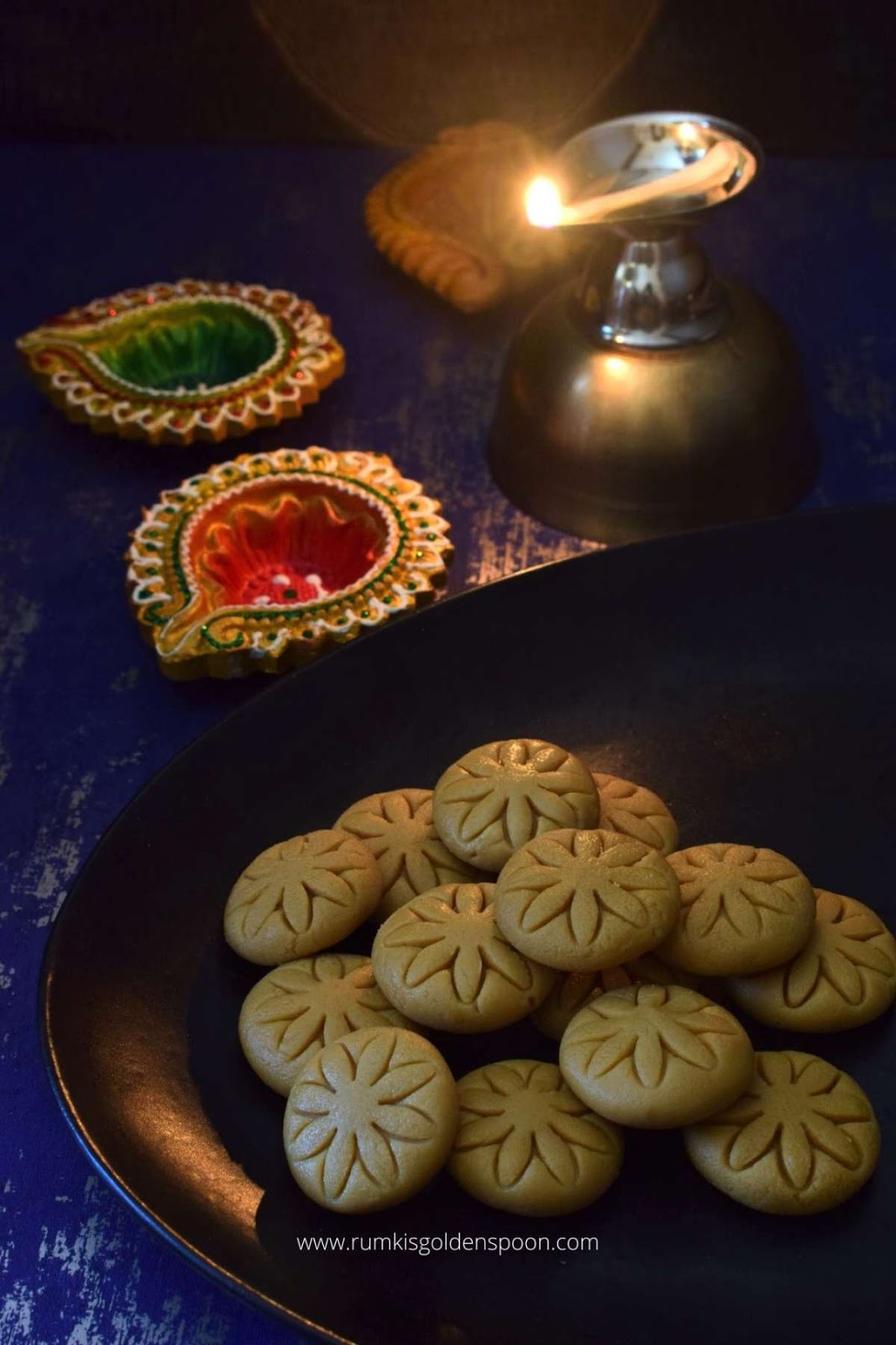 nolen gurer sandesh, nolen gur sandesh, sandesh sweet recipe, nolen gurer sondesh, gur sandesh recipe, gurer sandesh recipe, nolen gurer sandesh recipe, how to make nolen gurer sandesh, notun gurer sandesh, sandesh recipe, recipe of sandesh, recipe for sandesh, sandesh recipes, bengali sweet recipe, bengali sandesh recipe, sandesh bengali sweet recipe, bengali sweet recipes with milk, jaggery sweet recipes, sweet recipes with jaggery, patali gur recipes, jaggery sweet, sweets with jaggery, nolen gur recipe, Rumki's Golden Spoon