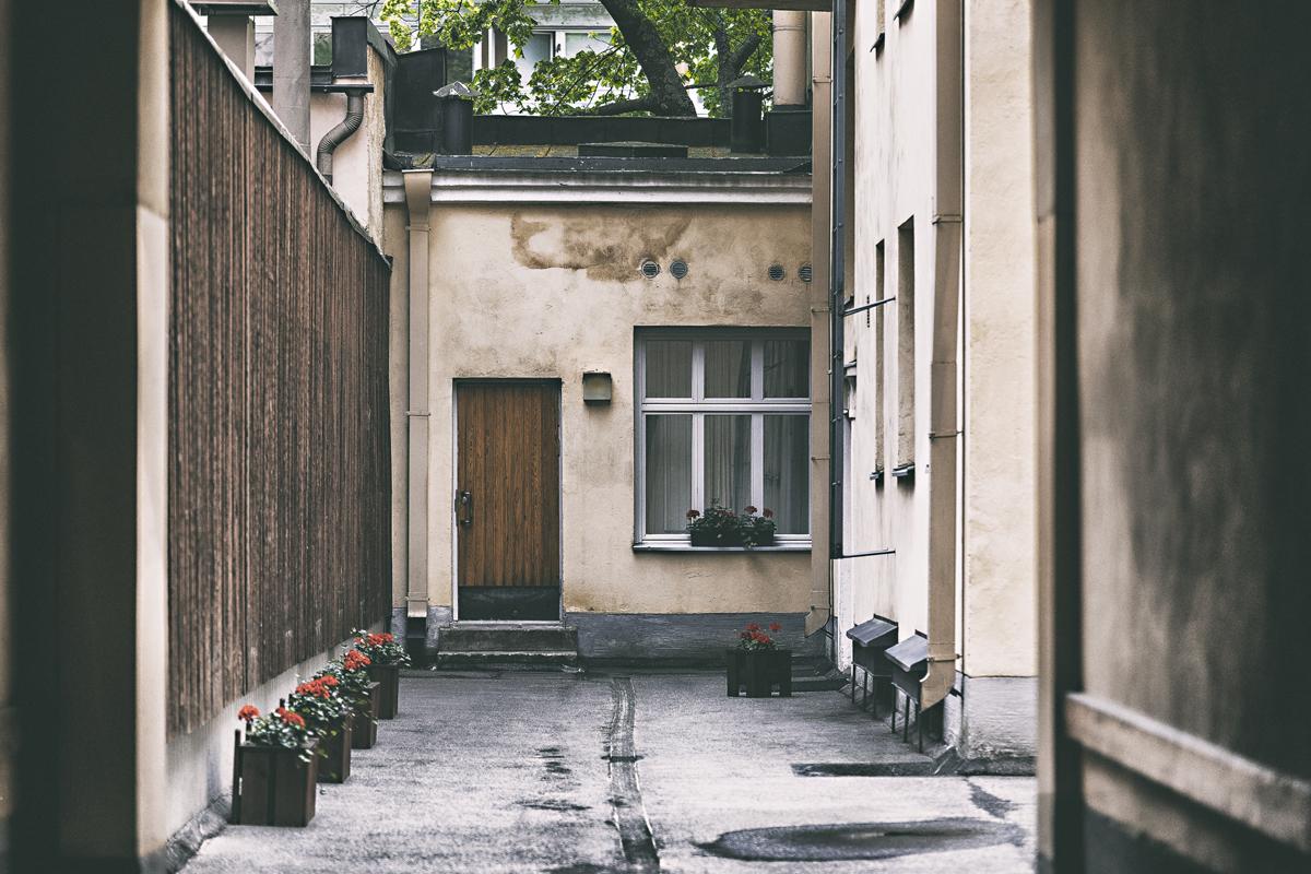 valokuvaus, elämä, Visualaddict, valokuvaaja, Frida Steiner, Visualaddictfrida,helsinki, myhelsinki, suomi, finland, sisäpiha, ullanlinna, vanha rakennus, old building