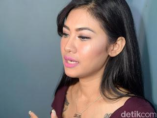 Della Perez Dipanggil Polisi soal Prostitusi Online, Ibunda Bingung