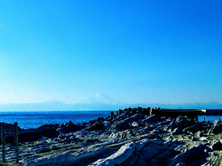 リアス式海岸と富士山