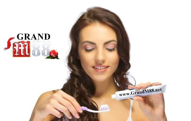 GrandM88 - Cara Mencet Pasta Gigi Dapat Ungkap Sifat Asli Mu..