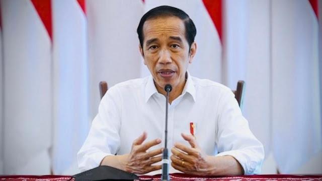 Nilai Desakan Presiden Jokowi Mundur Ngawur, Lemkapi: Tak Mudah Ngurus Negara Sebesar Ini, Pemerintah Sudah Maksimal