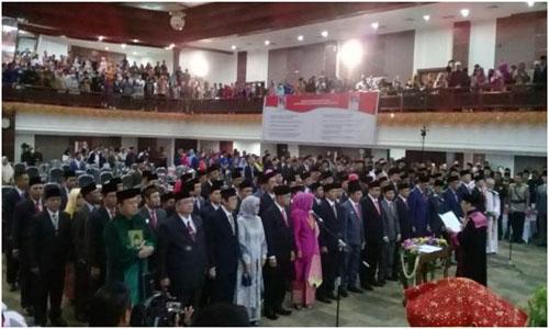 65 Anggota DPRD Sumbar Periode J2019-2024 Resmi Dilantik.Dengan Ucapan Sumpah Dan Janji