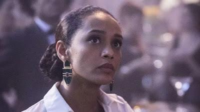 Thelma (Adriana Esteves) em Amor de Mãe