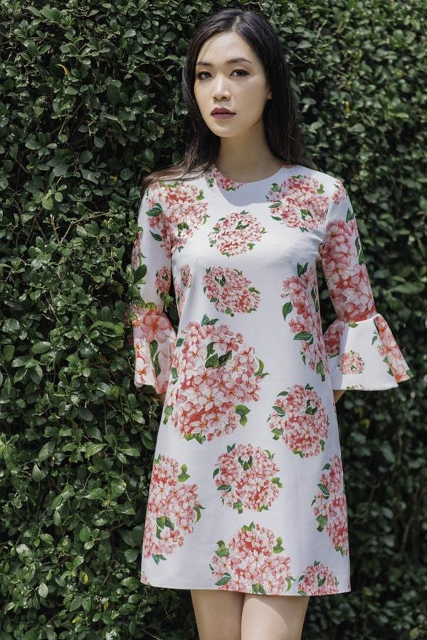 Hoa hậu Thùy Dung gợi ý chọn váy hoa cho nàng công sở - 7