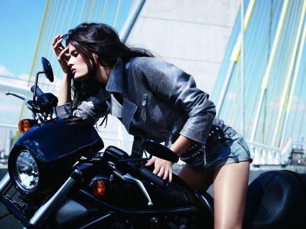 isabeli fontana em moto, famosa em moto, gostosa em moto, Mulheres de moto, mulher sensual na moto, gostosa em moto, Mulher semi nua em moto, biker babe, sexy on bike, sexy on motorcycle, babes on bike, ragazza in moto, donna calda in moto,femme chaude sur la moto,mujer caliente en motocicleta, chica en moto,