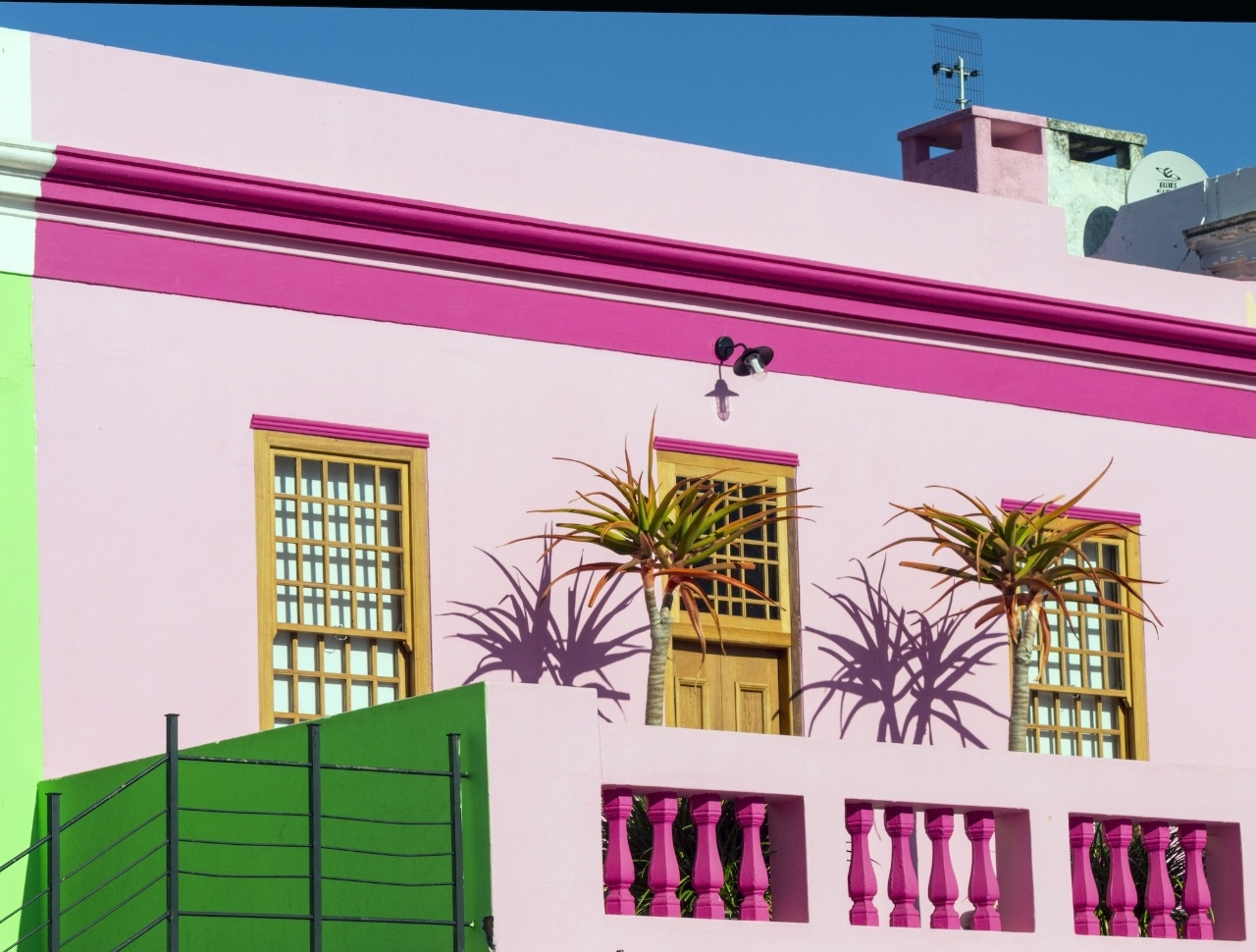 50 Best House Color Around The World