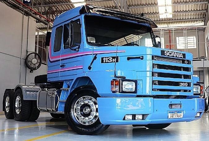 Brasdiesel entrega Scania 113H totalmente restaurado