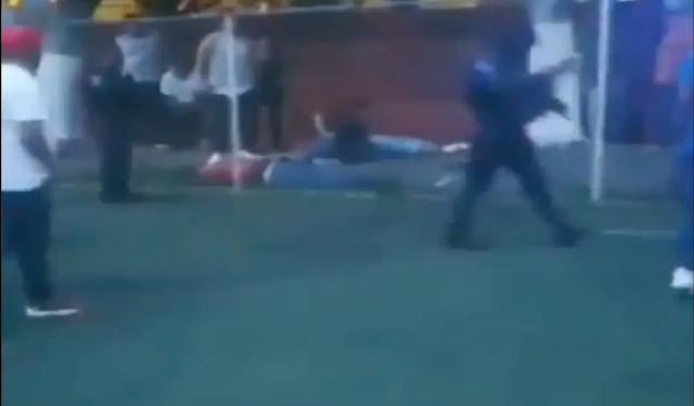 Video: Sicarios atacan en partido de futbol; Matan a 4 y 3 mas heridos en Cuernavaca, Morelos