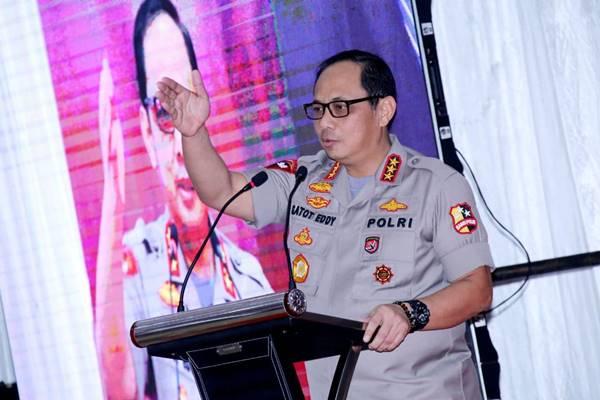 31 Maret, Kapolri Instruksikan Jajaran Semprot Disinfektan Serentak Seluruh Indonesia