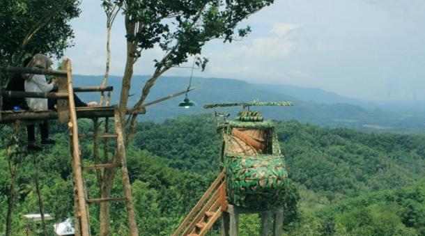 Yuk Menikmati Wisata Watu Goyang Dari Ketinggian