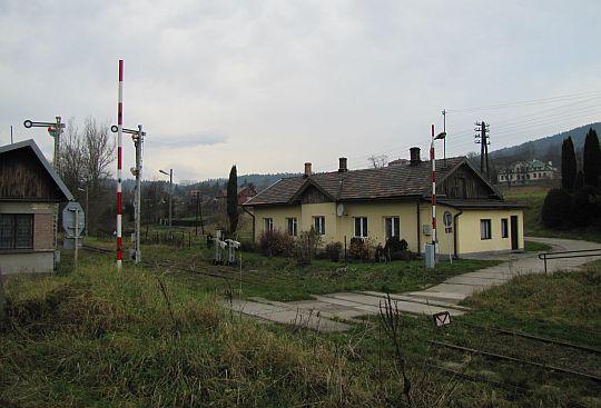 """Stacja kolejowa """"Rabka Zaryte""""."""