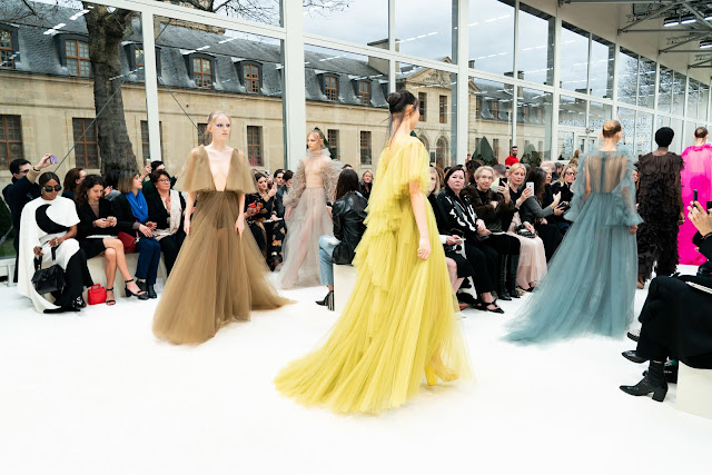 Valentino Fall 2019 Ready-To-Wear