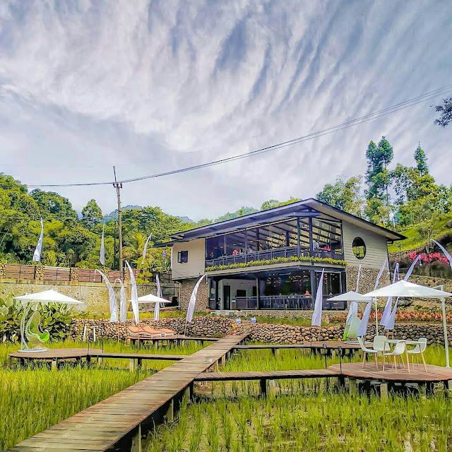 Kopi Tubing Cafe & Resto Bogor