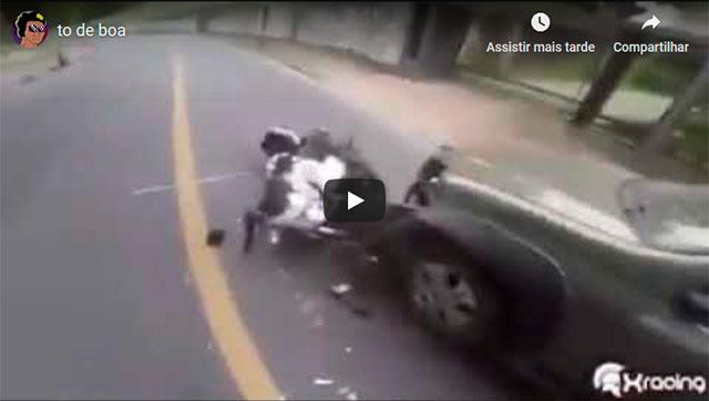 https://www.ahnegao.com.br/2019/04/acabo-de-sofrer-um-acidente-mas-to-de-boa.html