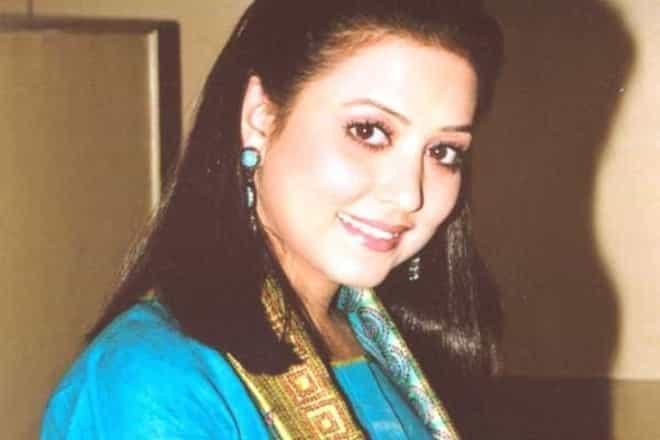Surbhi Tiwari (Actress) Wiki, Biography, Dob, Age, Height, Weight, Affairs and More