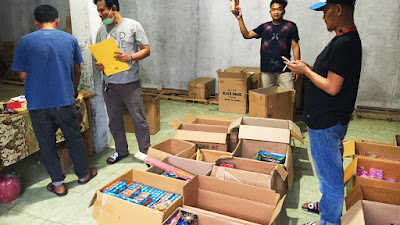 Jelang Ramadhan, Polres Serang Kota Gerebek Toko Petasan