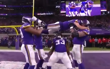 Minnesota Vikings limbo TD celebration