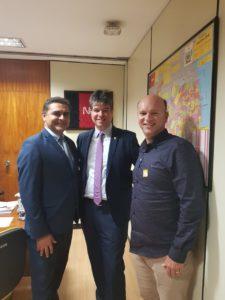 Prefeito interino de GBA Marcus Diogo foi recebido no gabinete do senador paraibano Veneziano em brasília