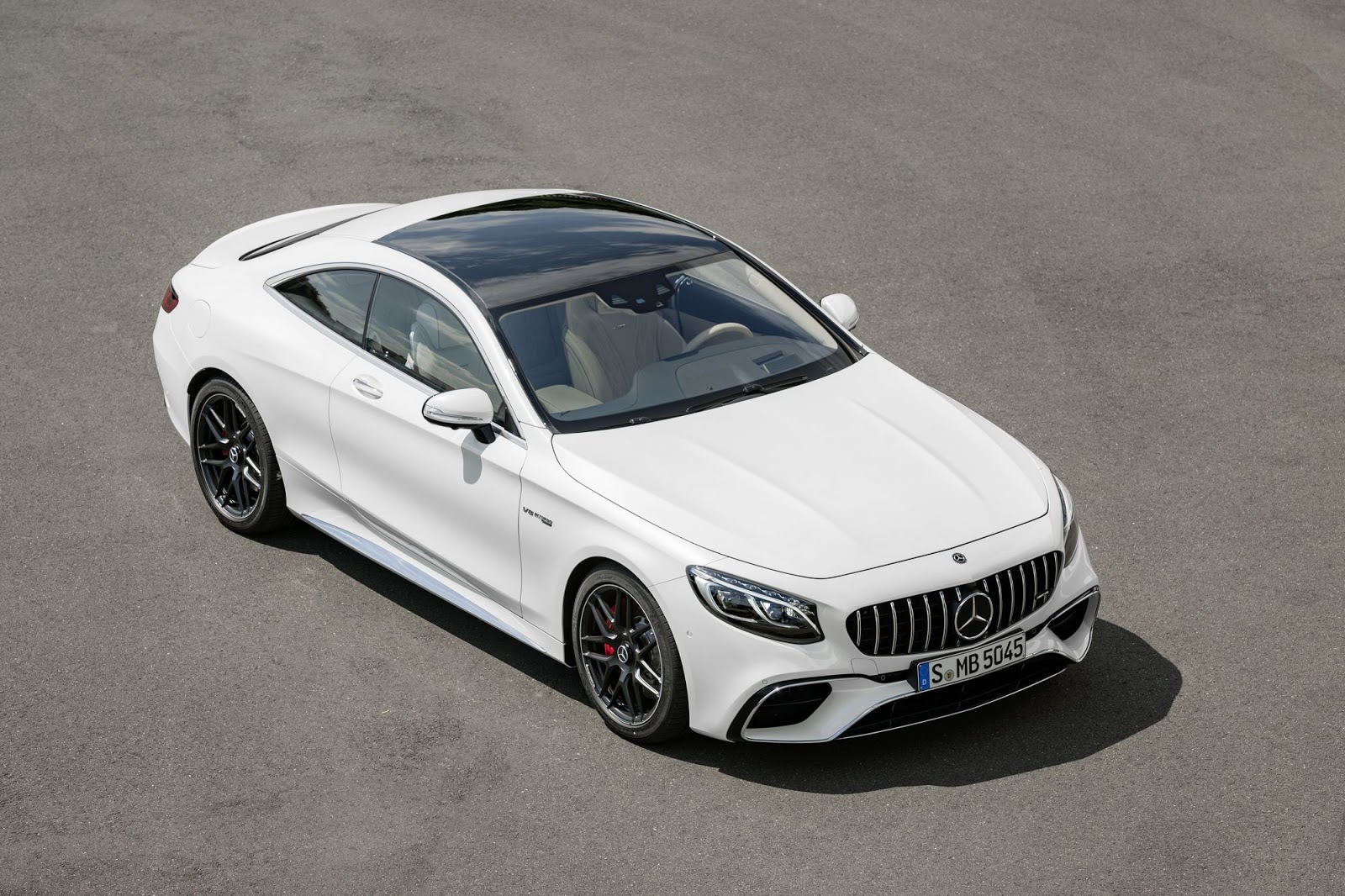 2018 mercedes amg s63 s65 coupe and cabrio get nip and tuck carscoops. Black Bedroom Furniture Sets. Home Design Ideas