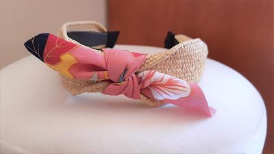 Bandolete em Rafia com laço rosa