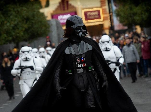 Disneyland Paris Leyendas de la fuerza