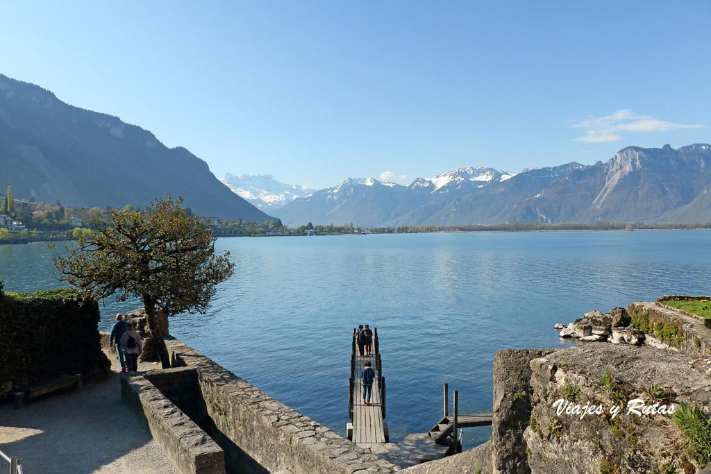 Embarcadero del Lago Léman junto a Chillon