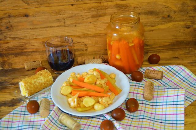 Las delicias de Mayte, recetas saludables, encurtir aceitunas, encurtir pepino, recetas, receta, encurtir coliflor, encurtir zanahorias, encurtir cebolla, encurtir verduras, recetas de cocina, verduras encurtidas, encurtir pepinillos,