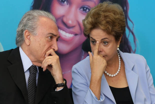 Dilma vem a Recife nesta semana; Temer quer levar PEC ao Congresso