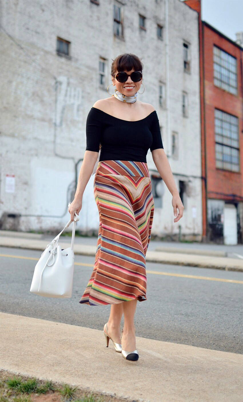 Striped skirt street style