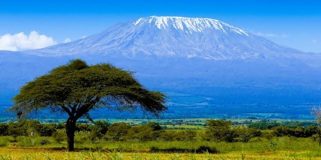 Már helikoptert is bevetettek a lángoló Kilimandzsárónál