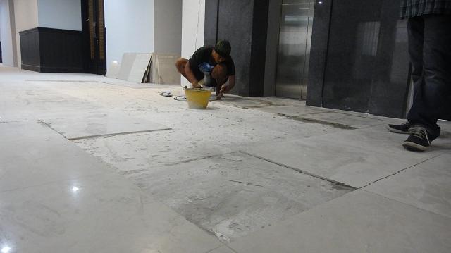 Panduan Cara Pasang Keramik Lantai Di Rumah