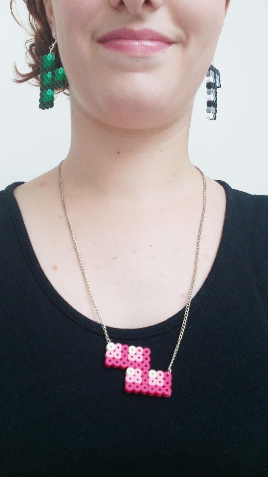 bijoux en perles hama tetris