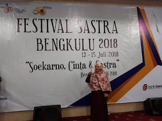 Sutardji Calzoum Bachri Hadiri Festival Sastra Bengkulu